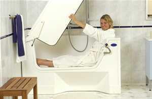badewanne mit tuer. Black Bedroom Furniture Sets. Home Design Ideas